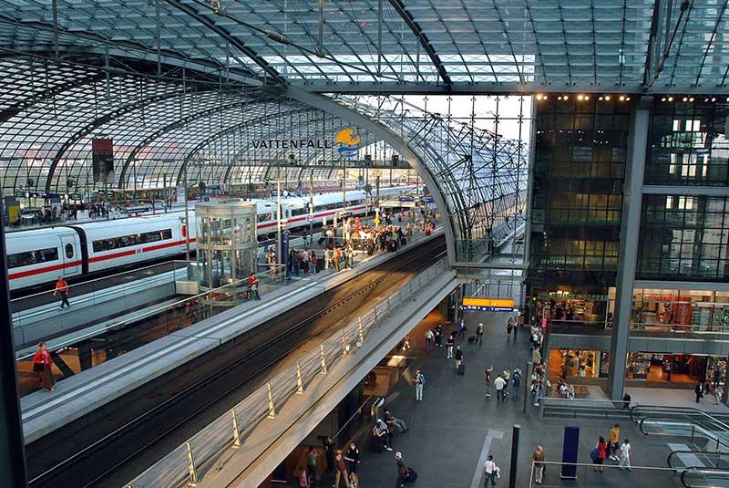آشنایی با ایستگاه قطار هاپ بانهوف برلین آلمان