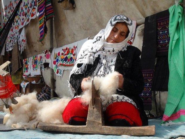 بانوی گلستانی به عنوان نخستین زن ایرانی درگنجینه زنده بشری ثبت شد