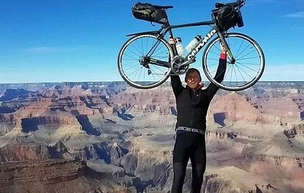 جوان ترین فردی که با دوچرخه جهان را دور زد