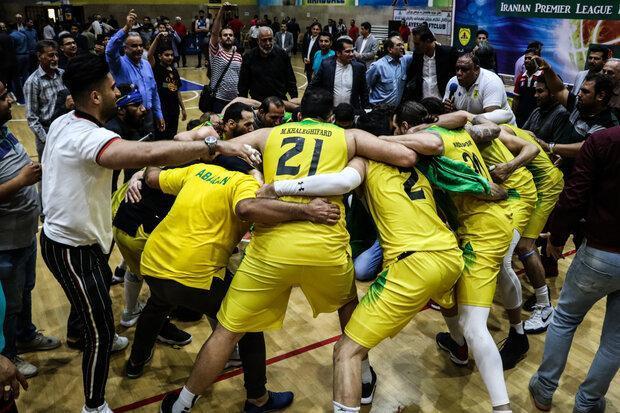 سرمربی تیم بسکتبال نفت آبادان: کسی نگاه قهرمانی به ما نداشت