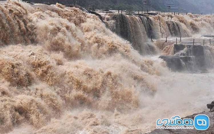 آبشار هوکو، آبشار زرد رنگ در کشور چین