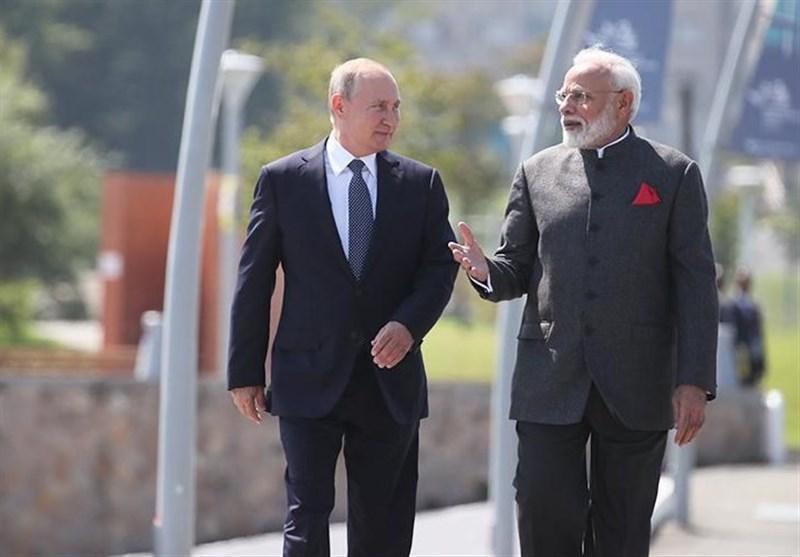 روسیه و هند به رغم تحریم های آمریکا به همکاری با ایران ادامه می دهند