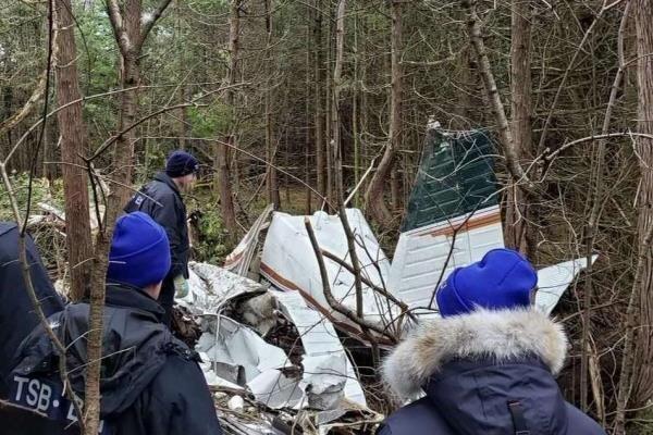 سقوط یک فروند هواپیما در کانادا، 7 تن جان باختند