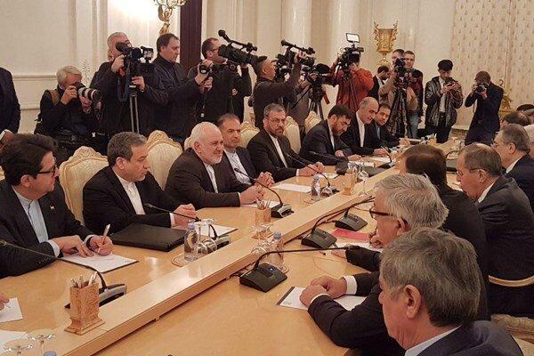 ظریف مسکو را به مقصد پکن ترک کرد
