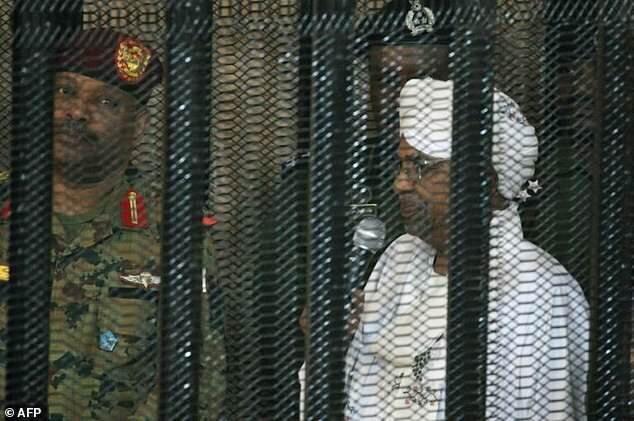 العربی الجدید: دادستان کل سودان تحقیقات درباره جنایات جنگی البشیر در دارفور را شروع نموده است