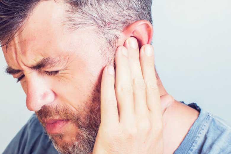 کرونا وزوز گوش را تشدید می کند