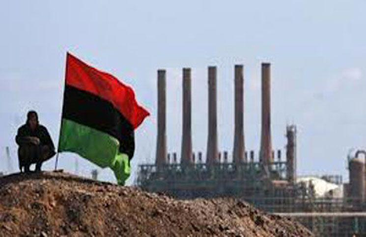 مقر شرکت ملی نفت لیبی هدف حمله مسلحانه قرار گرفت