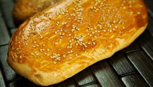 طرز تهیه نان شیرمال خانگی