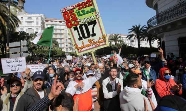 خبرنگاران برگزاری تظاهرات ضد دولتی در الجزایر برای دومین هفته پیاپی