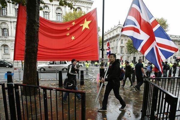 چین سفیر انگلیس را هم احضار کرد