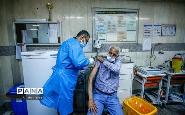 اطلاعیه وزارت بهداشت درباره نوبت دهی واکسیناسیون افراد بالای 70 سال