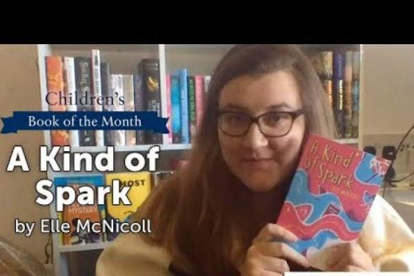 برنده جایزه واتراستون: هیچ وقت دختران اوتیسمی را در کتاب ها ندیدم