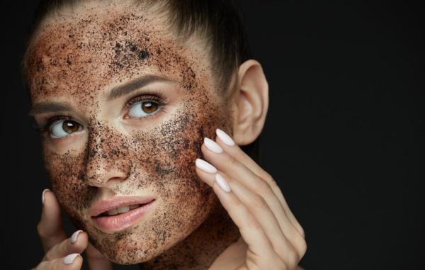 طرز تهیه 20 اسکراب خانگی فوق العاده برای پاکسازی پوست چرب
